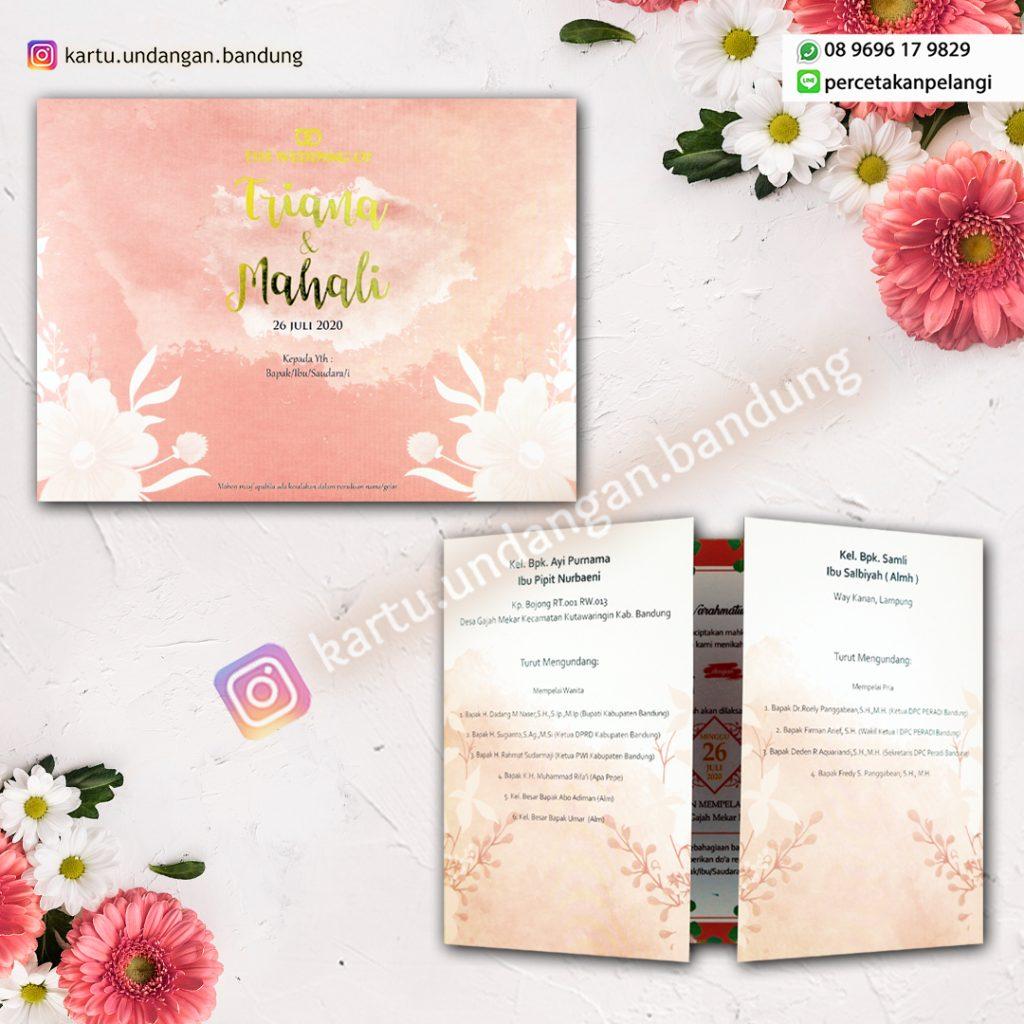 Kartu Undangan Warna Pink Cantik