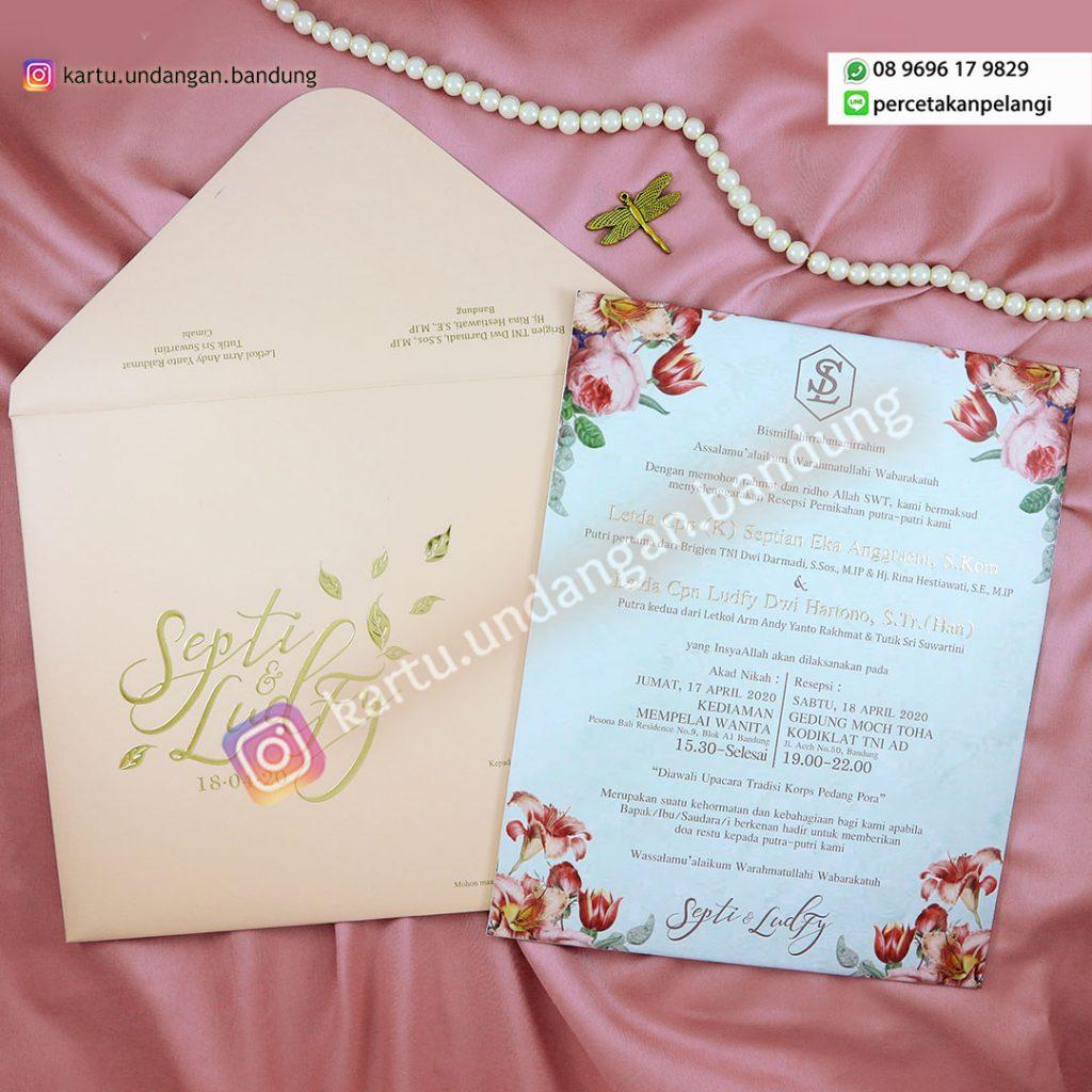 Undangan Pernikahan Design Bunga Cantik