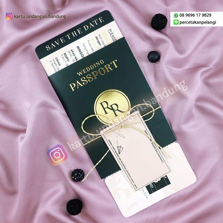 Undangan Model Passport
